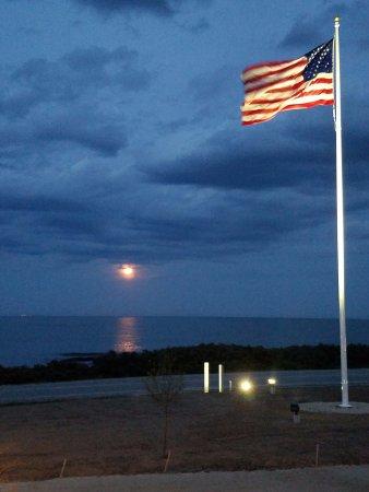 Rye, NH: Moon rise
