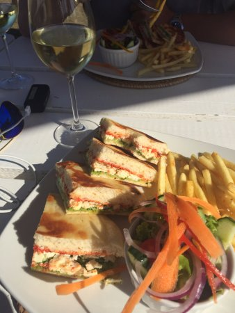 Bredasdorp, South Africa: Excellent food and wine - vegetarian friendly