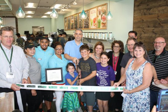 Saint Louis Park, Μινεσότα: Ribbon cutting with the TwinWest Chamber of Commerce!