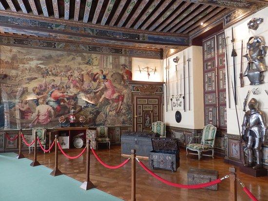 Cheverny, Frankrijk: La salle d´armes (c´est la plus grande pièce du château)