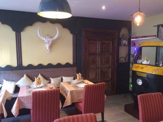 Terrasse Zen et chaleureuse - Picture of Vastu Restaurant Indien ...