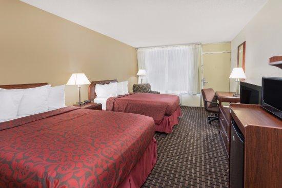 Gretna, LA: 2 Beds Guest Room