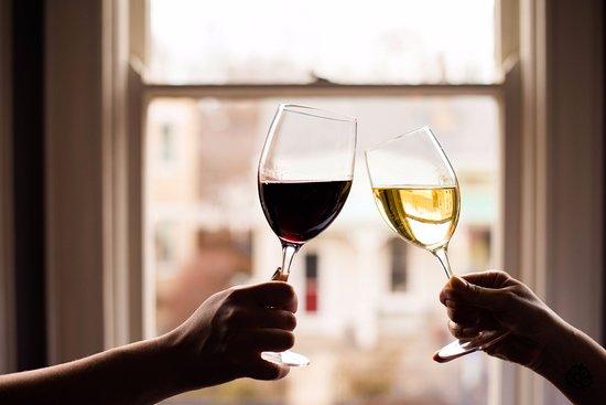 Covington, KY: Great wines!