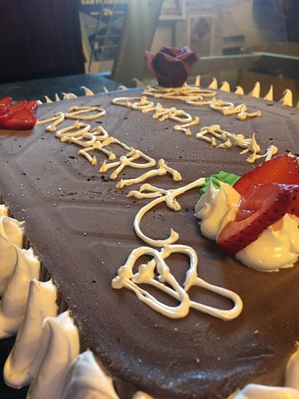 Pomarance, Włochy: Torte..semifreddi.... frappé... #ilovegelatiartgianli....