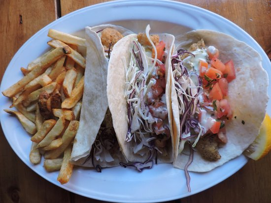 One Duke Restaurant & Lounge: Dukes fish tacos