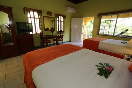 Seastar Inn: Double Deluxe Room