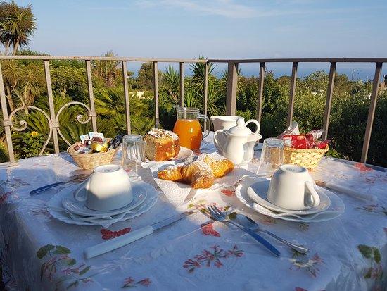 Villa Damecuta: la colazione è pronta