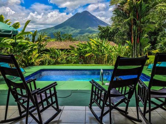 Hotel Mountain Paradise: Vista al Volcán Arenal