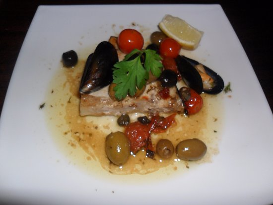 Delicious swordfish fillet at The George Inn in Croscombe. Photo by Patty @Laitnzest