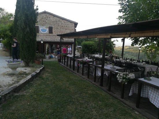 Cantalupo, Italy: IMG_20170624_200133_large.jpg