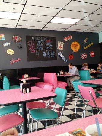 Taylors, SC: Love the decor!