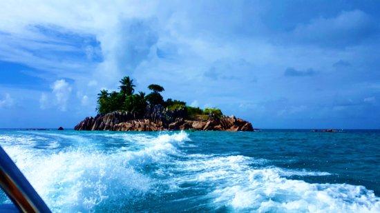 جزيرة براسلين, سيشيل: ilot s Pierre