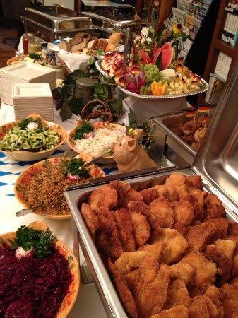 Old Europe Restaurant: Old Europe's dinner buffet
