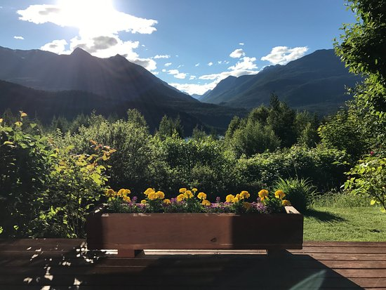 Kaslo, Canadá: Sunrise to sunset view. - stunning.
