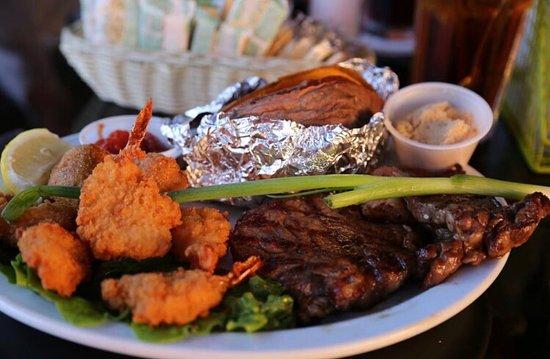 Eddyville, KY: Echo Charlie's Bayside Restaurant