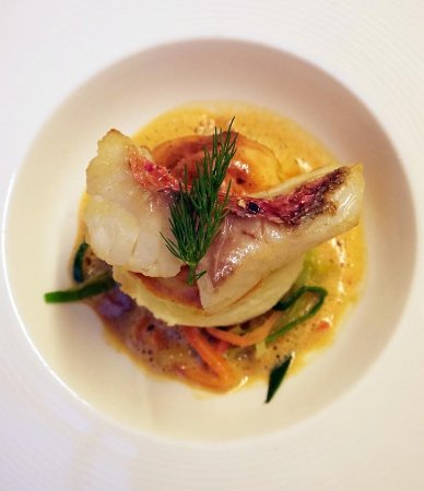 Oswestry, UK: Red Mullet Fillet and Souffle of Red Mullet, Lobster Sauce