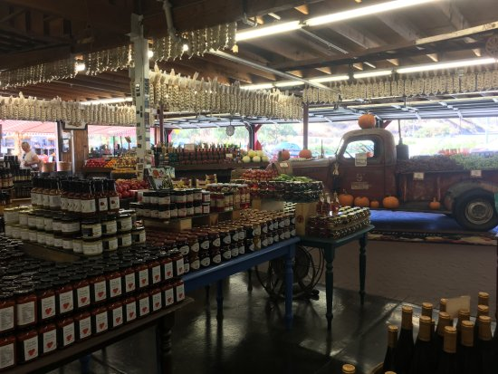 Hollister, CA: Peppers and Garlic