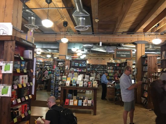 Tattered Cover Bookstore : photo0.jpg