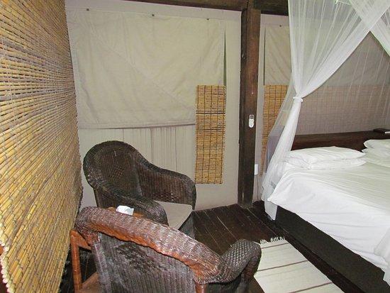 Nkambeni Safari Camp: deluxe tent style rooms