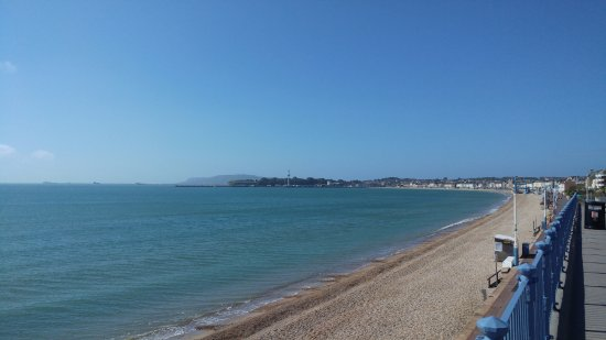 Premier Inn Weymouth Seafront Hotel: Beautiful Weymouth Bay