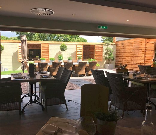 Barnby Moor, UK: Herb Garden Brasserie in Spa at Ye Olde Bell