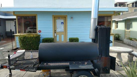 Lantana, FL: The Smoker