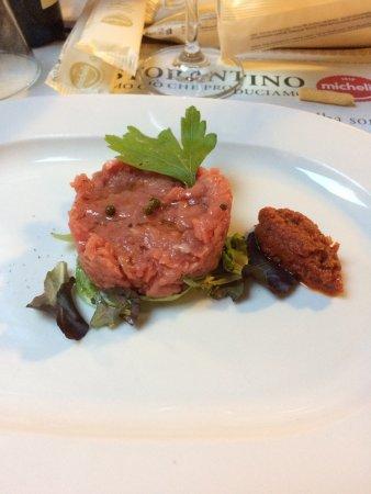 Il Ristorantino Michelis: Carne cruda con pesto di pomodori secchi e tiramisù