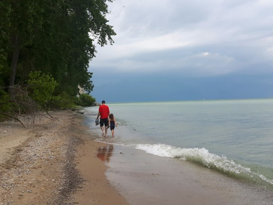 Lighthouse Point Provincial Nature Reserve : Walking to the Lighthouse, Father's day 2017...