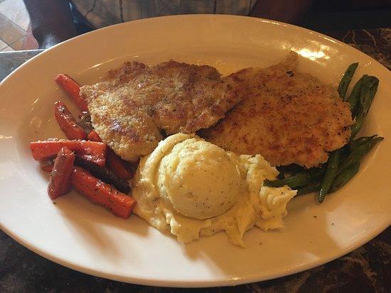 Grand Lux Cafe Garden City Omd Men Om Restauranger Tripadvisor