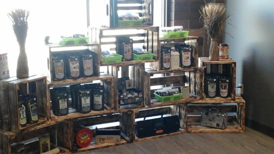 Quesnel, Canada: A selection of loose leaf teas for retail purchasing