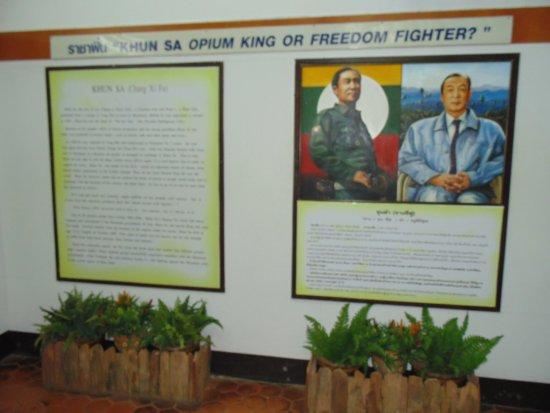 Chiang Saen, Thailandia: Lideres de la historia de Myanmar , Tailandia y Laos