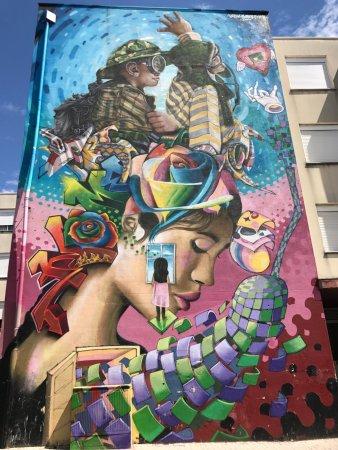 Lisbon Destination Tours: street art