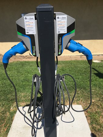 Santa Maria, CA: Electrical Vehicle Level 2 Chargers