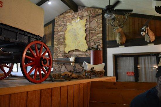 Buffalo, WY: Dinning room