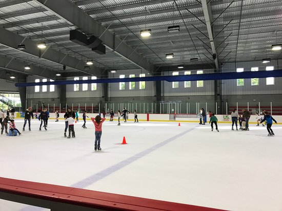 Wesley Chapel, FL: Public Skating have various hours during the day, with $9.75 for admission plus $4.25 skates ren