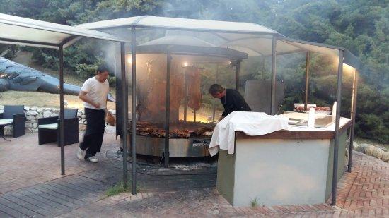 Montescudo, إيطاليا: 20170624_205430_large.jpg