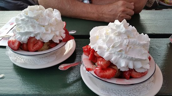 Boccali's, Ojai CA Amazing Strawberry Shortcake