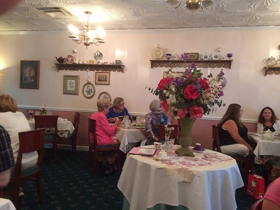 Plymouth, MI: Tea room