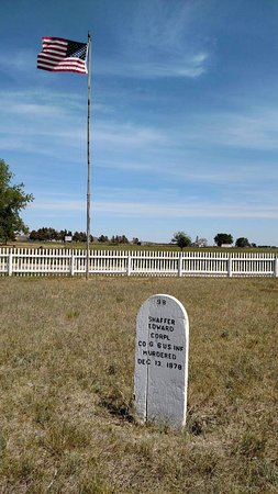 Williston, ND: Cemetery headstone