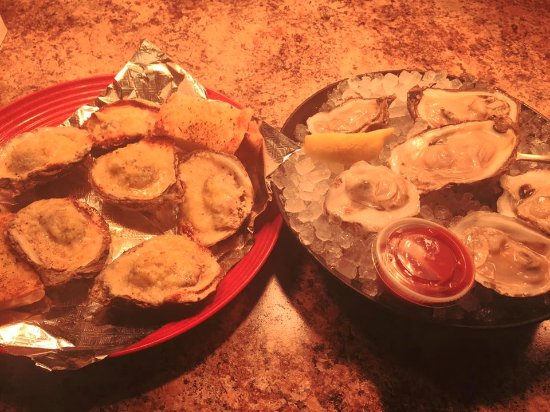 Laurel, MS: Raw and Parmesan Oysters
