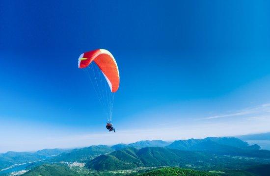 FlyTicino - Voli tandem in parapendio