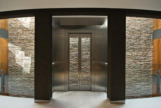 Ilum Experience Home: ascensor