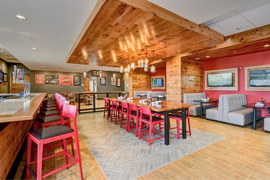 Nampa, ID: Holiday Inn Restaurant - Burger Theory