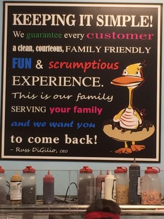 Johns Creek, Gürcistan: Duck Donuts's motto.