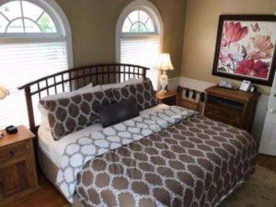 Bourne Bed & Breakfast: Room #1