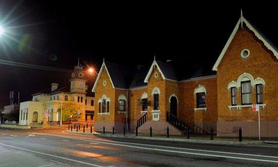 Tenterfield, Australia: School of Arts Exterior