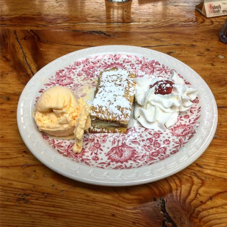 Nederland, CO: apple strudel