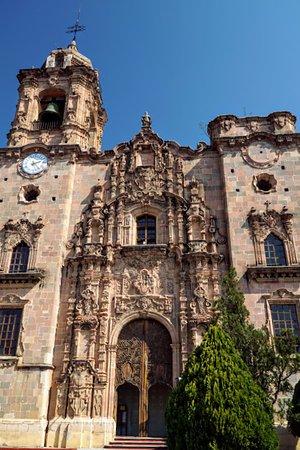 Templo La Valenciana: Exterior