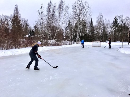 Callaway, MN: Ice rink at Maplelag.
