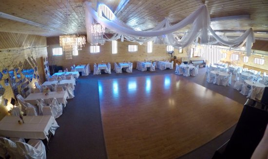 Callaway, MN: Ball room at Maplelag.